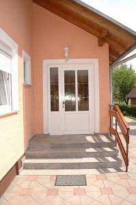 Ulazna vrata (17)
