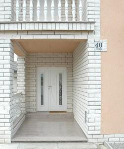 Ulazna vrata (30)